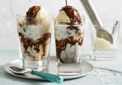 "Recipe: <a href=""https://kitchen.nine.com.au/2017/11/14/17/47/iced-mocha"" target=""_top"">Iced mocha</a>"
