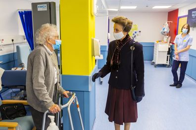Princess Anne visits hospital