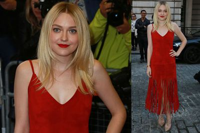 Dakota Fanning looks amazing at the premiere of her new film <i>Effie Gray</i>.