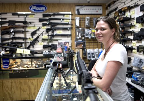 Gina Brewer, the manager of Texas Gun, one of the 6700 gun dealers located near the 3600-km long US-Mexico border.