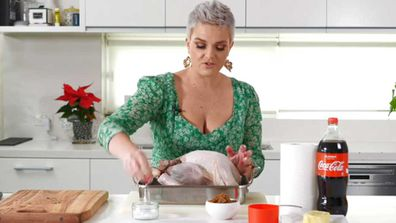 9Honey's Jane de Graaff prepares the Coca-Cola glazed turkey hack