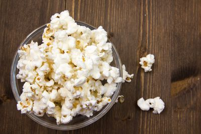 <strong>Air popped popcorn (30 calories a cup)</strong>