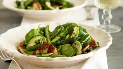 "Recipe: <a href=""http://kitchen.nine.com.au/2016/05/17/18/25/baby-spinach-and-haloumi-salad"" target=""_top"">Baby spinach and haloumi salad</a>"