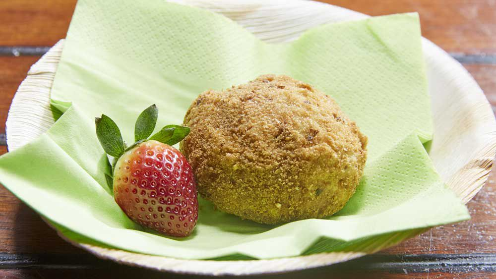 Family Food Fight: The Gibaldi family's deep fried ricotta bun iris dessert