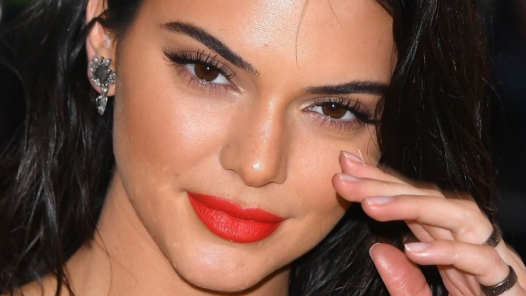 Kendall Jenner's brow game is strong
