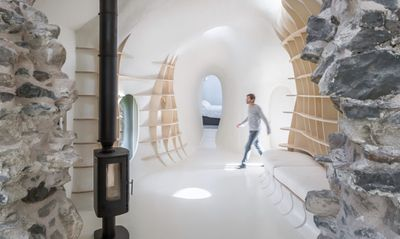<strong>Futuristic home inside ancient ruins</strong>