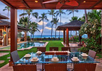 Emma Stone's Hawaiian hideaway
