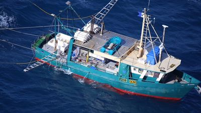 Police to resume search for crew of sunken trawler