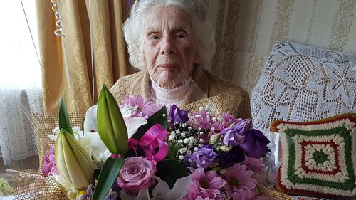 100-year-old woman dies after UK robbery