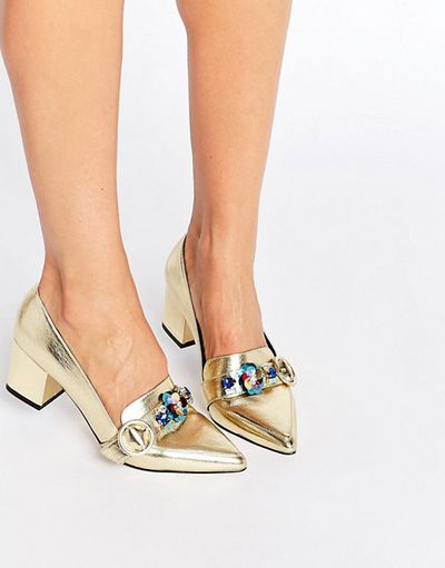 "<a href=""http://www.asos.com/au/asos/asos-smokie-embellished-heeled-loafers/prd/7035693?iid=7035693&amp;clr=Gold&amp;SearchQuery=&amp;cid=4172&amp;pgesize=36&amp;pge=0&amp;totalstyles=120&amp;gridsize=3&amp;gridrow=1&amp;gridcolumn=3"" target=""_blank"">Asos </a>embellished heeled loafers, $79<br> <br>"