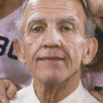 Nicholas Colasanto as Ernie 'Coach' Pantusso