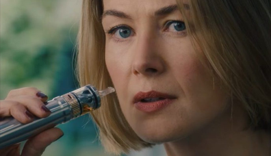 Rosamund Pike delivers a dazzling performance as Marla Grayson.