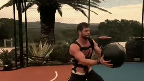 How to get Chris Hemsworth's ripped body