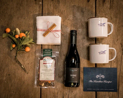 Hamilton Hampers mulled wine hamper