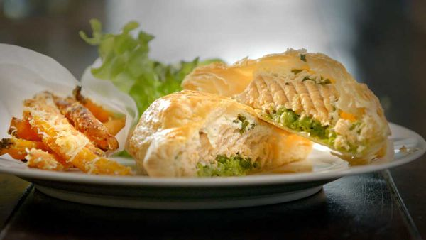 Salmon puff pies with Parmesan carrot chips recipe