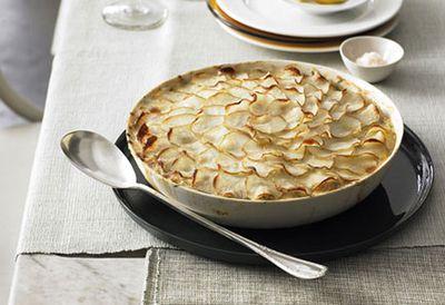 """Recipe:&nbsp;<a href=""""/recipes/ifish/8299551/snapper-fennel-and-potato-pot-pie"""">Snapper, fennel and potato pot pie</a>"""