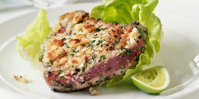 Tuna with parsley & mint crust