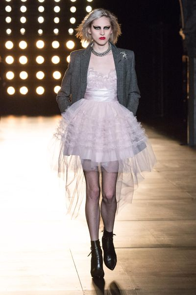 <p>Shiny pink patent, rose coloured velvet or sheer tulle in the palest blush featured heavily at the FW15 shows in both looks and accessories, confirming it is the colour of the moment.</p>