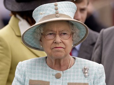 queen elizabeth frown