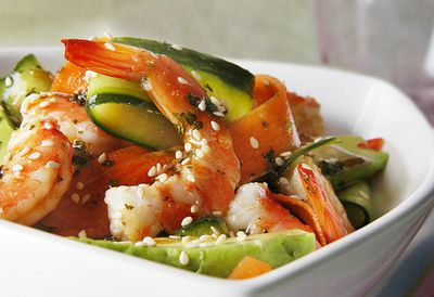 Prawn and zucchini salad