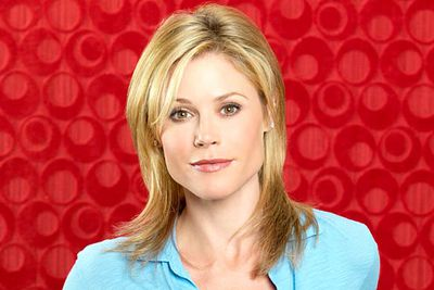 <b>Winner:</b> Julie Bowen, <i>Modern Family</i><br/><br/><b>Who'd she beat?</b> Jane Lynch, <i>Glee</i>; Betty White, <i>Hot In Cleveland</i>; Sofia Vergara, <i>Modern Family</i>; Kristen Wiig, <i>Saturday Night Live</i>; Jane Krakowski, <i>30 Rock</i><br/><br/><b>Good win/Bad win?:</b> Good win &mdash; Emmys '11 host Jane Lynch won last year, so it's good to share the love around. It would've been a <i>super</i>-good win if <i>super</i>-talented Kristen Wiig had won it, though.