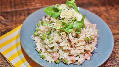 "Recipe: <a href=""http://kitchen.nine.com.au/2017/08/08/17/38/chicken-mince-and-pea-risotto"" target=""_top"">Chicken mince and pea risotto</a>"