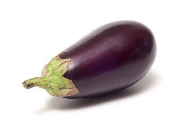 1 medium eggplant is 100 calories