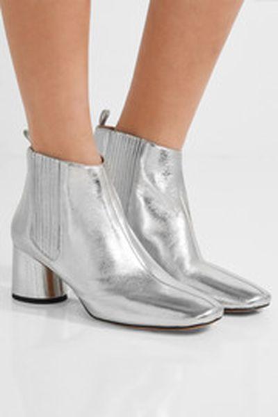 "Marc Jacobs metallic Chelsea boots, $517 at <a href=""https://www.net-a-porter.com/au/en/product/845147/marc_jacobs/rocket-metallic-leather-chelsea-boots"" target=""_blank"">Net-a-porter</a>"