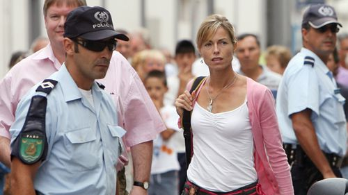 Kate McCann arrives at the headquarters of Policia Judiciaria, the Portuguese criminal police, for questioning 07 September 2007, in Portimao