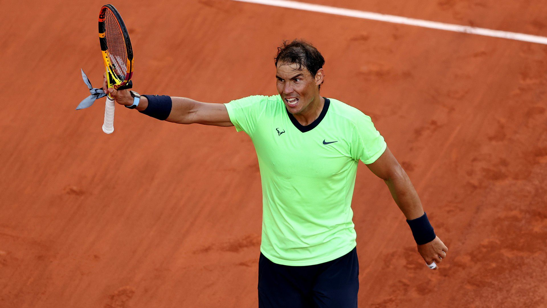 Rafael Nadal into final eight at Roland Garros, takes aim at tournament organisers of use of daytime lights