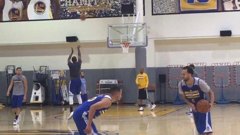 NBA: Warriors stun with three-point barrage