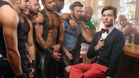 Kurt from Glee walks into a gay bar...