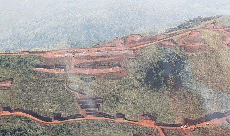 The Rio Tinto board has sacked two executivse over $US10.5 million payments made in 2011 to a consultant providing advisory services on the Simandou project in Guinea. (Rio Tinto)