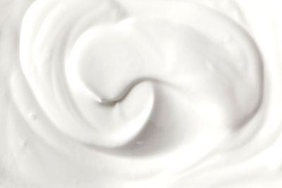 Low-fat yogurt: 17mg per 100g (34mg per tub)