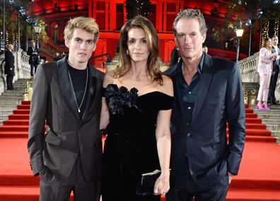 Presley Gerber, Cindy Crawford, Rander Gerber, red carpet