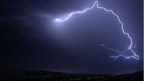 Wild storms sweep through New South Wales and Victoria