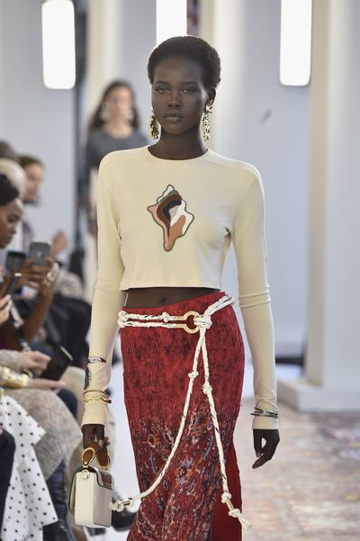 Adut Akech walks the runway during the Chloe show as part of the Paris Fashion Week Womenswear Spring/Summer 2019 on September 27, 2018