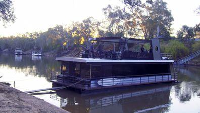 David Reyne Tim Blackwell Getaway Murray River Houseboat