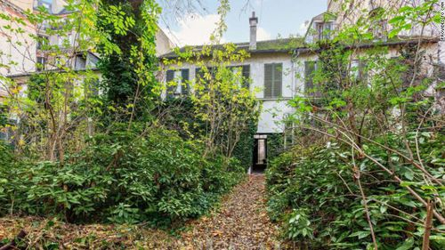 The property, located in Paris' exclusive central 7th district, was sold in January this year.
