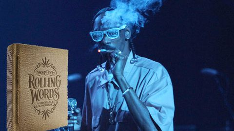 Snoop Dogg to release smokable book