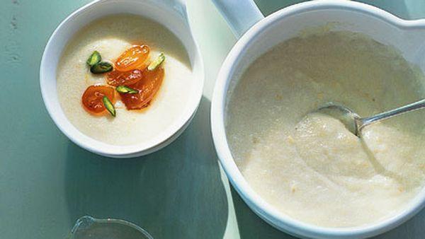 Semolina porridge with candied cumquats