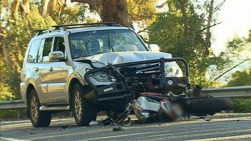 Major Crash Investigators examined the scene to determine the cause. Image: 9News