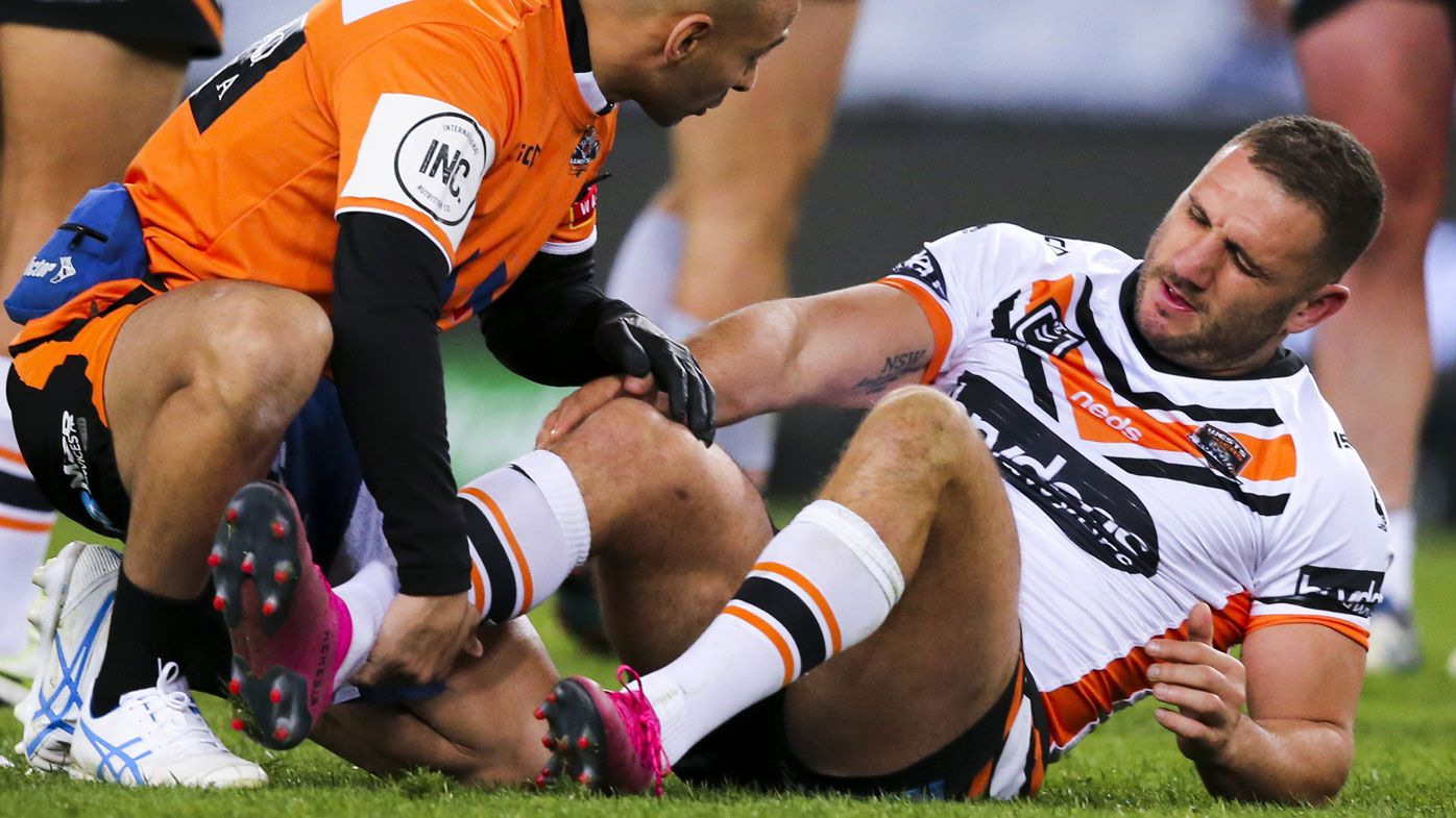 Robbie Farah sweats on knee scans to see if his NRL career is prematurely over