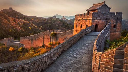 More Australians are flocking to China.