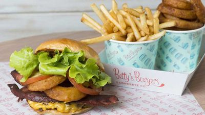 "<a href=""http://kitchen.nine.com.au/2017/05/23/09/12/bettys-burgers-barbecue-burger"" target=""_top"">Betty's Burgers barbecue burger with onion rings and bacon</a><br /> <br /> <a href=""http://kitchen.nine.com.au/2016/06/06/20/18/nice-buns-our-favourite-burger-recipes"" target=""_top"">More burgers</a>"