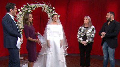 Seamstress recreates Meghan's wedding dress in 10 hours
