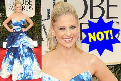 Someone needs to tell Sarah Michelle Gellar that tie-dye is for hippies and backpackers, not flouncy red carpet frocks.