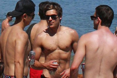 A spokesperson for Zac Efron refuted claims the heartthrob has four nipples after a (delusional?) dermatologist claimed she'd seen an extra set on his torso.