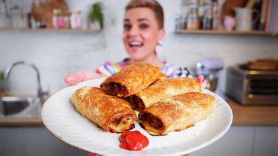 Jane de Graaff's ultimate pork and fennel sausage rolls recipe