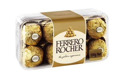 Ferrero Rocher: 20 minutes of stretching and hatha yoga